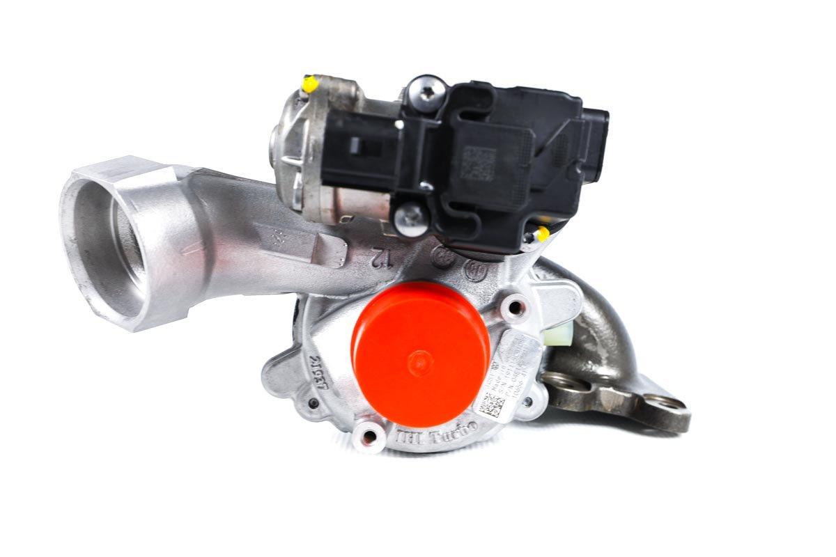 Turbosprężarka o numerze {numerglowny} po regeneracji w specjalistycznej pracowni regeneracji turbosprężarek przed wysyłką do zamawiającej firmy