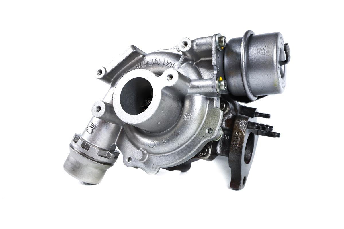 Turbosprężarka z numerem {numerglowny} po regeneracji w profesjonalnej pracowni regeneracji turbosprężarek przed odesłaniem do kontrahenta