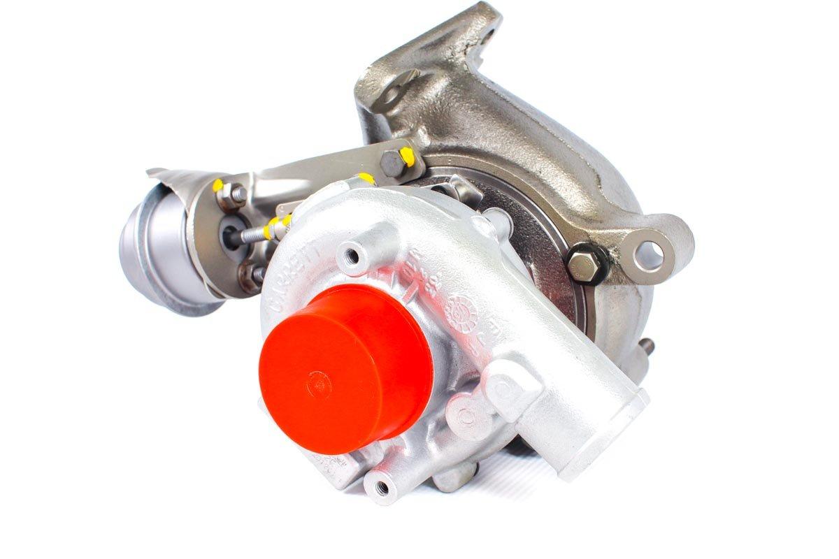 Turbosprężarka z numerem {numerglowny} po zregenerowaniu w specjalistycznej pracowni regeneracji turbin przed wysyłką do warsztatu samochodowego