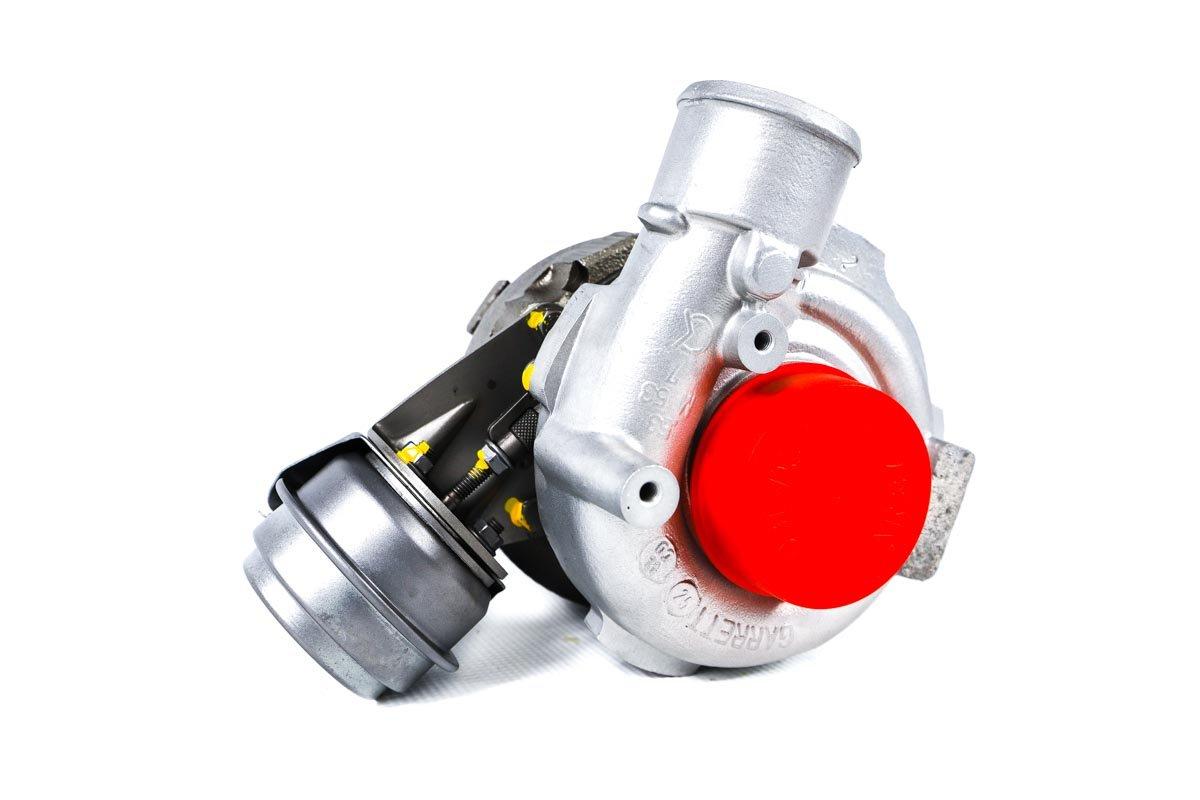 Turbosprężarka z numerem {numerglowny} po zregenerowaniu w profesjonalnej pracowni regeneracji turbo przed odesłaniem do zamawiającej firmy