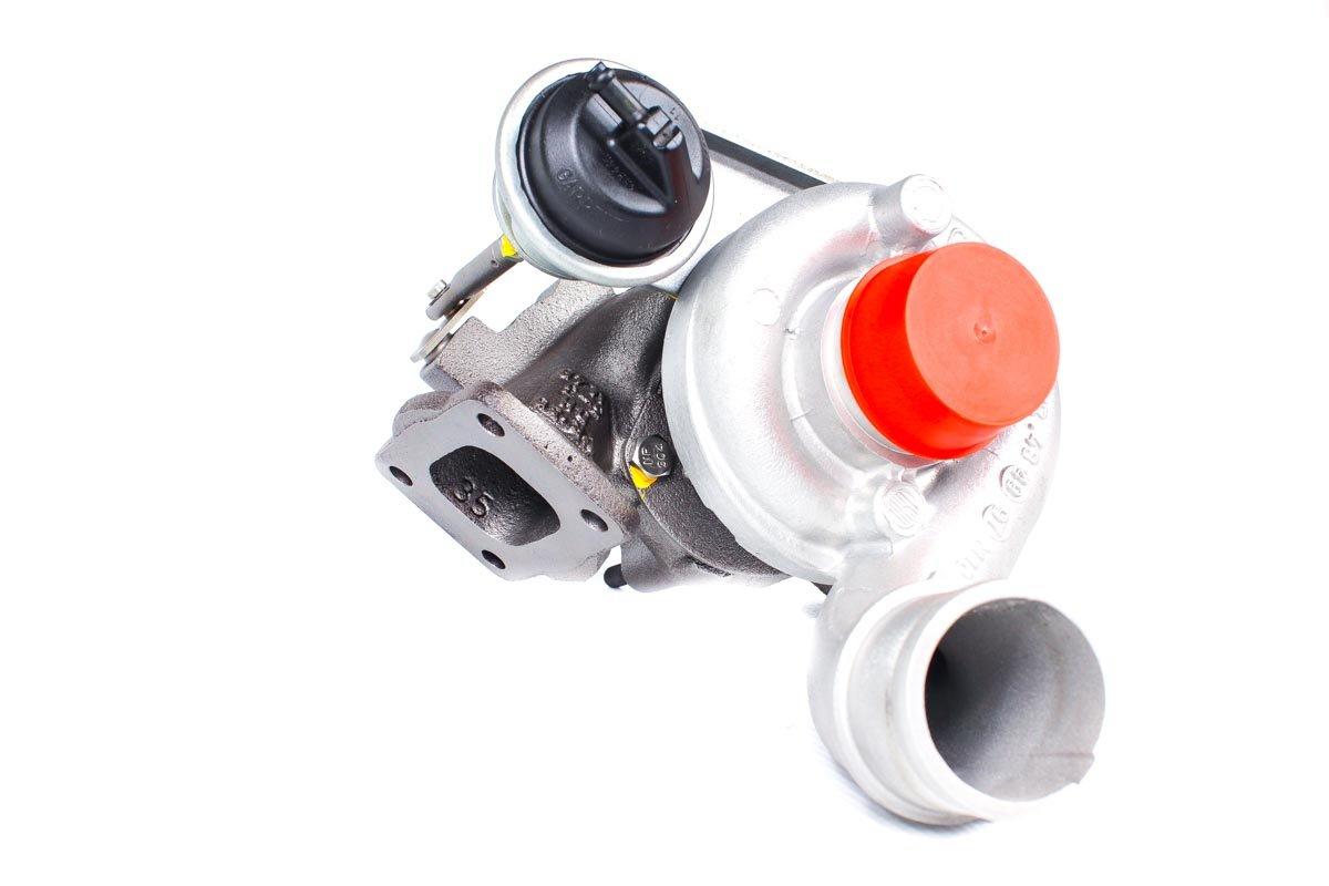 Turbosprężarka z numerem {numerglowny} po zregenerowaniu w profesjonalnej pracowni regeneracji turbin przed wysłaniem do warsztatu samochodowego