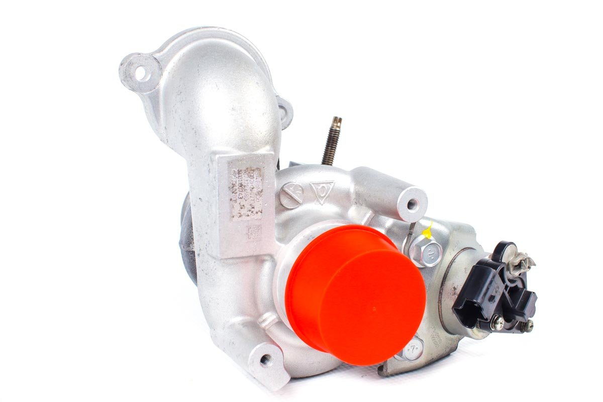 Turbosprężarka z numerem {numerglowny} po przeprowadzeniu regeneracji w profesjonalnej pracowni przed odesłaniem do warsztatu samochodowego