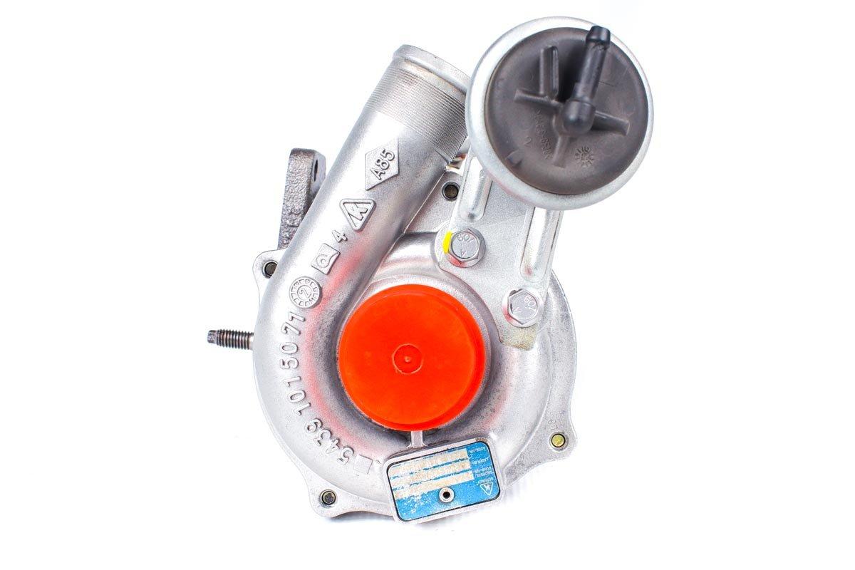 Turbosprężarka o numerze {numerglowny} po przywróceniu do pełnej sprawności w profesjonalnej pracowni regeneracji turbosprężarek przed odesłaniem do zamawiającej firmy