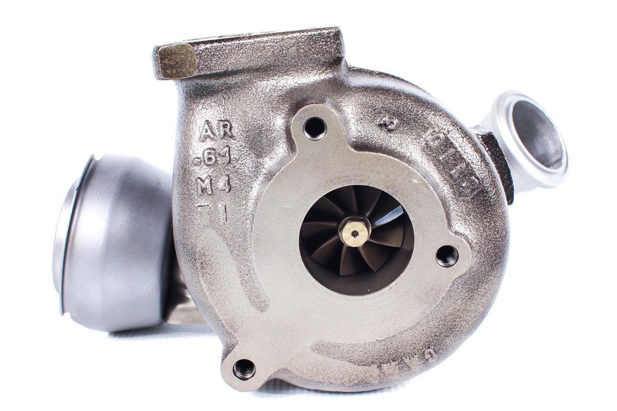 Turbo, układ doładowania o numerze {numerglowny} po regeneracji w najwyższej jakości pracowni regeneracji turbin przed odesłaniem do Klienta