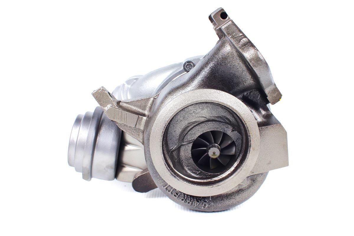 Turbo, układ doładowania o numerze {numerglowny} po zregenerowaniu w specjalistycznej pracowni regeneracji turbo przed odesłaniem do warsztatu samochodowego