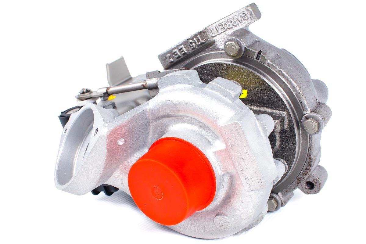 Turbosprężarka numer {numerglowny} po przywróceniu do pełnej sprawności w profesjonalnej pracowni regeneracji turbin przed nadaniem do kontrahenta