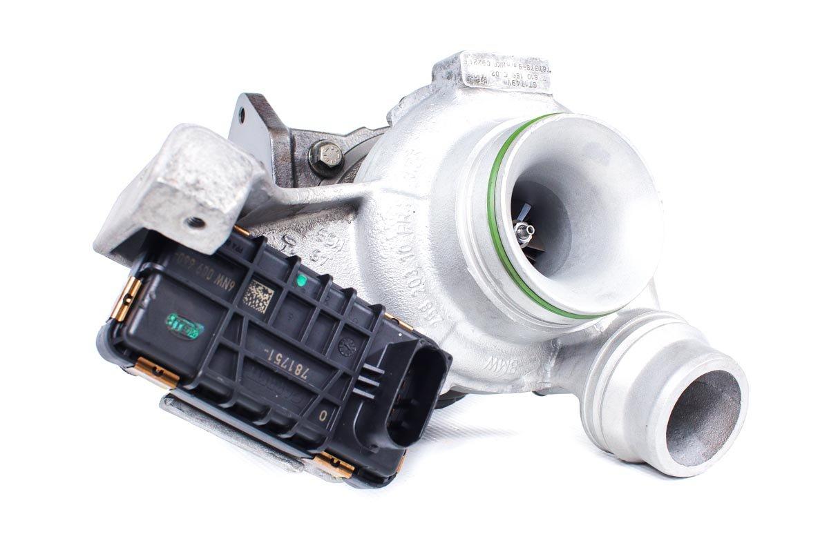 Turbina o numerze {numerglowny} po naprawie w specjalistycznej pracowni regeneracji turbosprężarek przed wysłaniem do kontrahenta