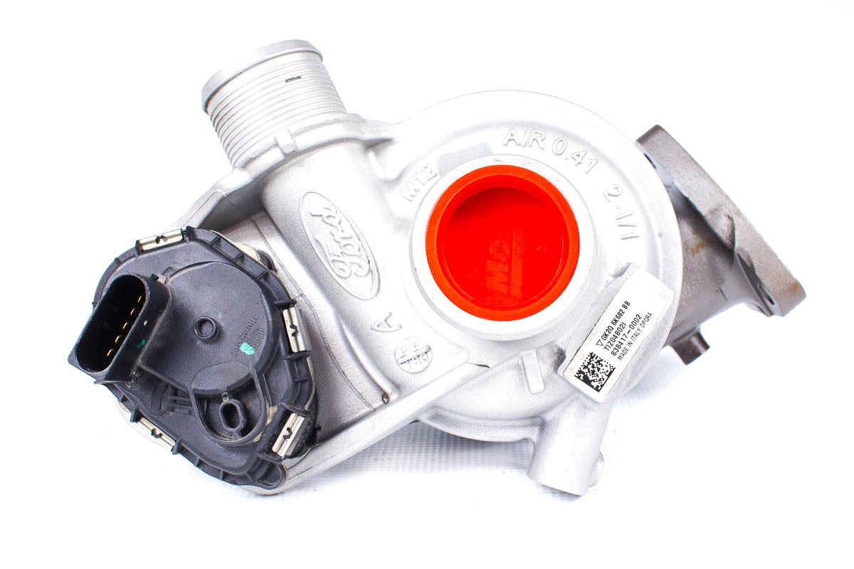 Turbosprężarka z numerem {numerglowny} po regeneracji w najnowocześniejszej pracowni przed odesłaniem do kontrahenta