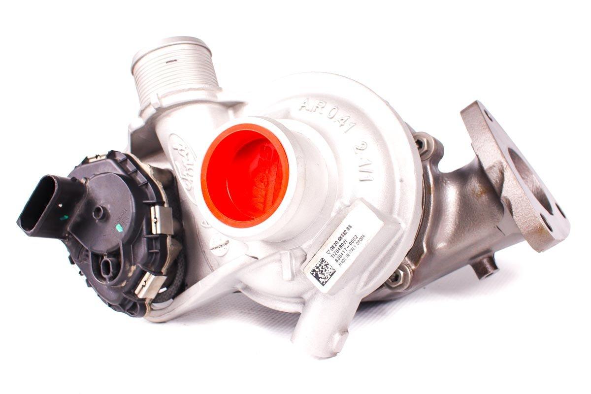 Turbo o numerze {numerglowny} po regeneracji w profesjonalnej pracowni regeneracji turbosprężarek przed odesłaniem do kontrahenta