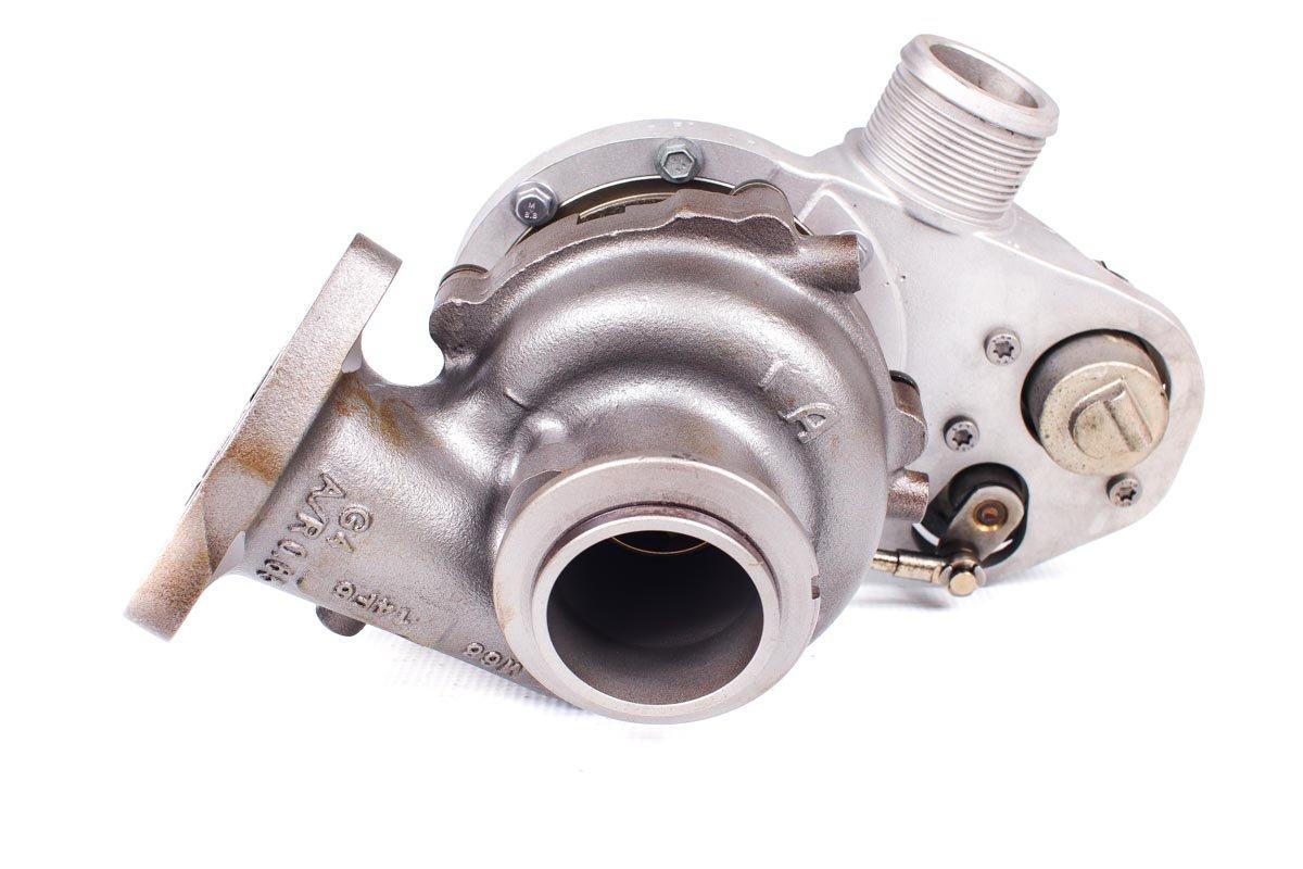 Turbo, układ doładowania numer {numerglowny} po zregenerowaniu w najnowocześniejszej pracowni regeneracji turbo przed odesłaniem do kontrahenta
