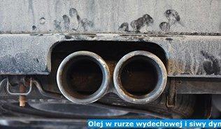 Olej w rurze wydechowej i siwy dym