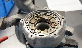 Zacinanie zmiennej geometrii turbosprężarki