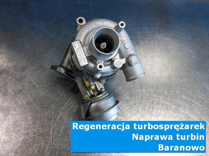 Turbosprężarka po wyważaniu na stole pracowniczym w Baranowie