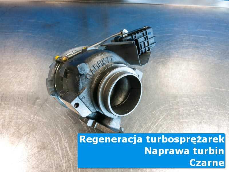 Turbosprężarka po wizycie w ASO na stole w laboratorium w Czarnych