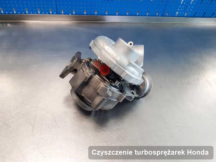Turbina do samochodu osobowego spod znaku Honda zregenerowana w warsztacie gdzie zleca się serwis Czyszczenie turbosprężarek