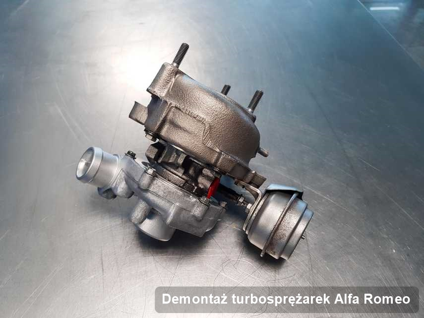 Turbosprężarka do osobówki firmy Alfa Romeo po remoncie w firmie gdzie wykonuje się serwis Demontaż turbosprężarek