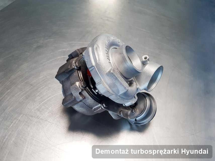 Turbina do osobówki spod znaku Hyundai wyremontowana w laboratorium gdzie przeprowadza się  usługę Demontaż turbosprężarki