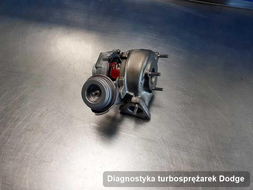 Turbina do auta osobowego firmy Dodge wyczyszczona w warsztacie gdzie realizuje się serwis Diagnostyka turbosprężarek
