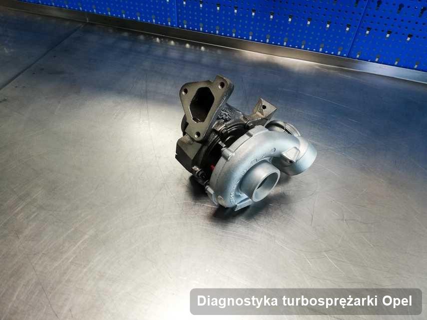 Turbina do auta osobowego firmy Opel po naprawie w laboratorium gdzie przeprowadza się  usługę Diagnostyka turbosprężarki