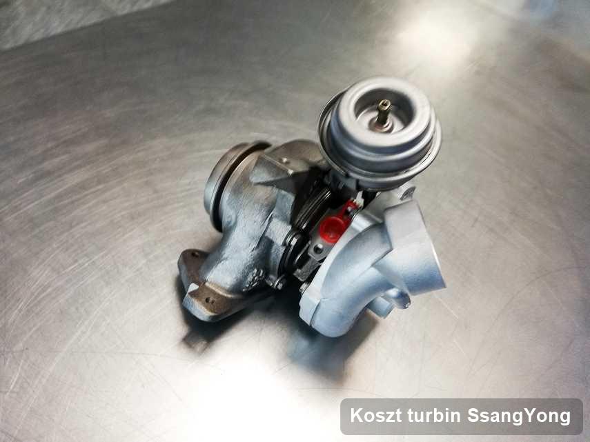 Turbosprężarka do auta osobowego spod znaku SsangYong wyczyszczona w warsztacie gdzie wykonuje się usługę Koszt turbin