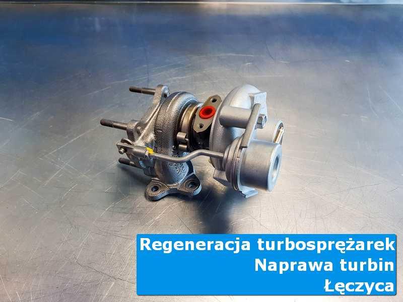 Układ turbodoładowania przed montażem w nowoczesnej pracowni z Łęczycy