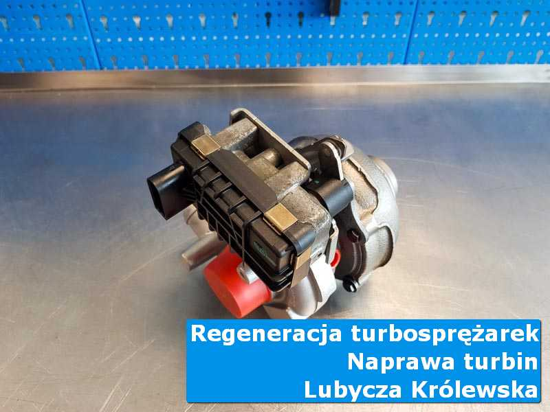 Turbosprężarka po serwisie na stole w pracowni z Lubyczy Królewskiej