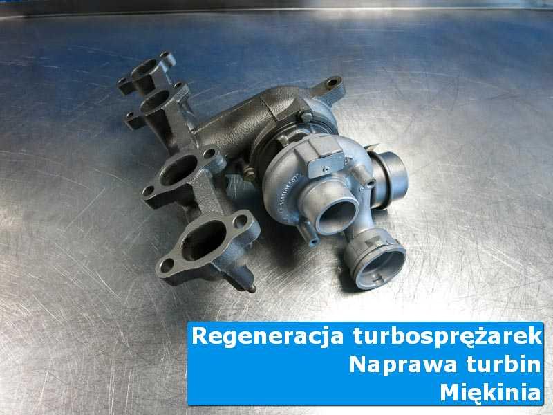 Układ turbodoładowania przed oddaniem do klienta na stole w pracowni z Miękini