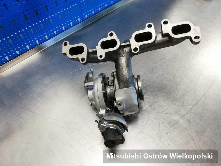 Wyremontowana w przedsiębiorstwie w Ostrowie Wielkopolskim turbosprężarka do osobówki marki Mitsubishi przygotowana w laboratorium po naprawie przed nadaniem