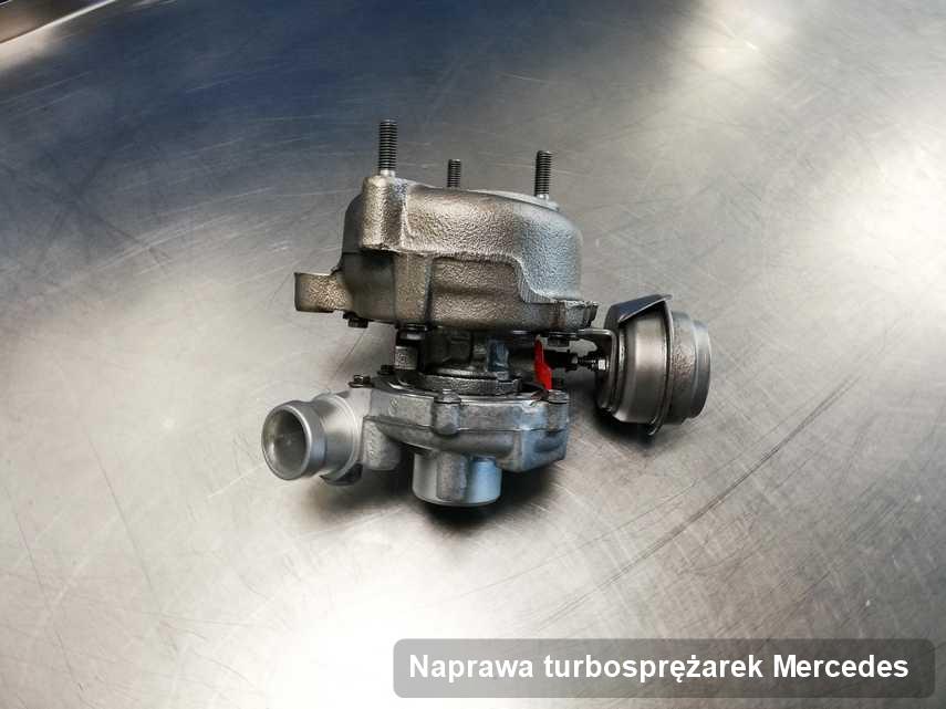 Turbina do samochodu osobowego spod znaku Mercedes zregenerowana w pracowni gdzie realizuje się serwis Naprawa turbosprężarek