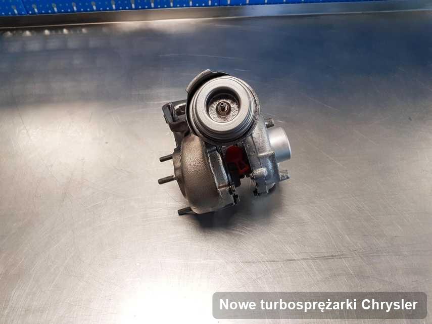 Turbina do auta osobowego producenta Chrysler wyczyszczona w firmie gdzie wykonuje się serwis Nowe turbosprężarki
