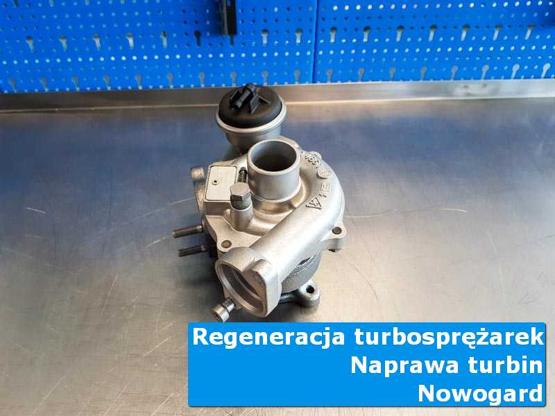 Układ turbodoładowania przed demontażem na stole pracowniczym z Nowogardu