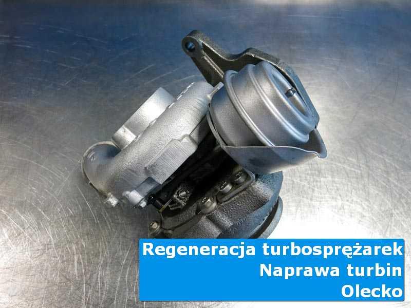 Układ turbodoładowania przed wysyłką na stole w laboratorium w Olecku