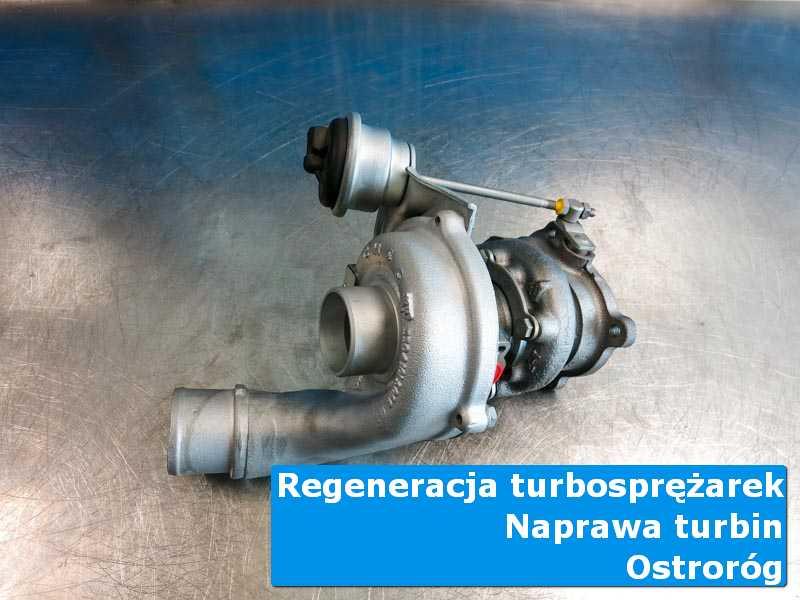 Układ turbodoładowania po serwisie na stole w laboratorium w Ostrorogu