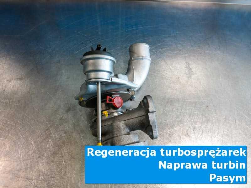 Turbosprężarka przed demontażem w specjalistycznej pracowni z Pasymia