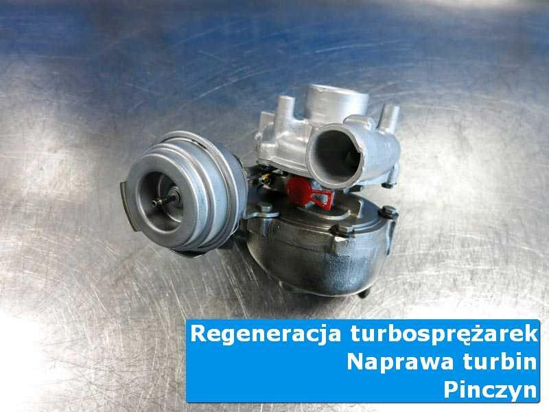 Układ turbodoładowania przed oddaniem do klienta na stole pracowniczym z Pinczyna