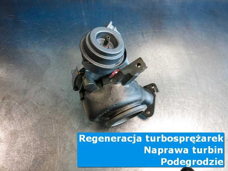 Układ turbodoładowania po regeneracji na stole w laboratorium w Podegrodziu