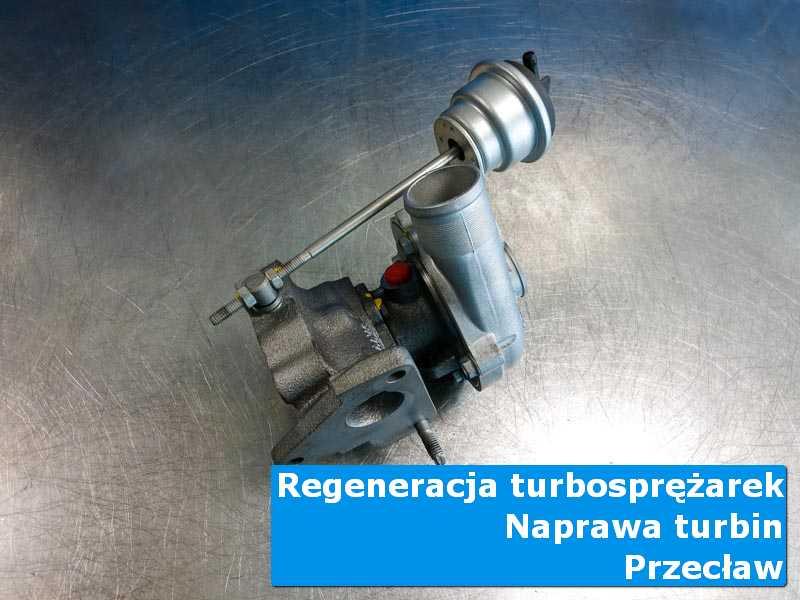 Turbosprężarka przed montażem w pracowni w Przecławiu
