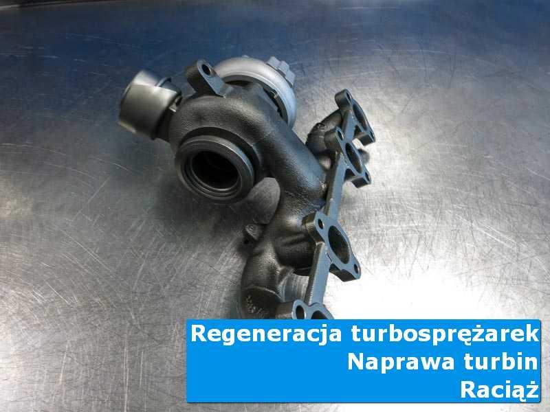 Turbosprężarka przed wymianą na stole w laboratorium z Raciąża