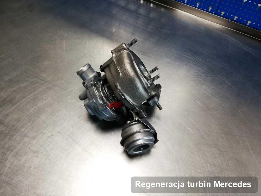 Turbina do diesla z logo Mercedes wyczyszczona w warsztacie gdzie realizuje się usługę Regeneracja turbin