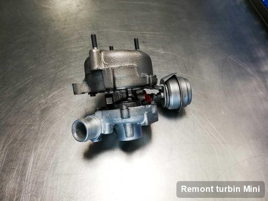 Turbosprężarka do samochodu marki Mini wyczyszczona w firmie gdzie przeprowadza się  usługę Remont turbin