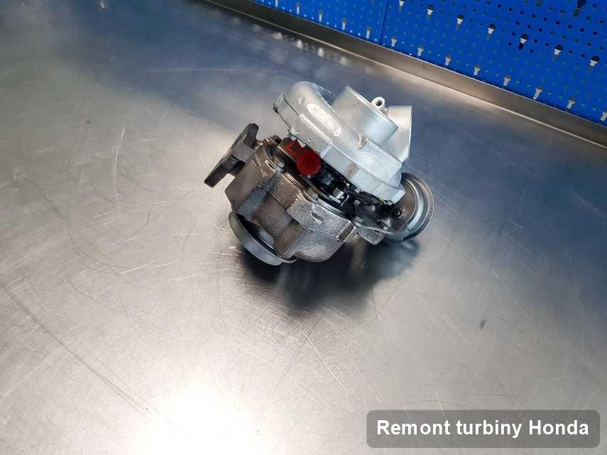 Turbosprężarka do samochodu firmy Honda wyremontowana w przedsiębiorstwie gdzie przeprowadza się  usługę Remont turbiny