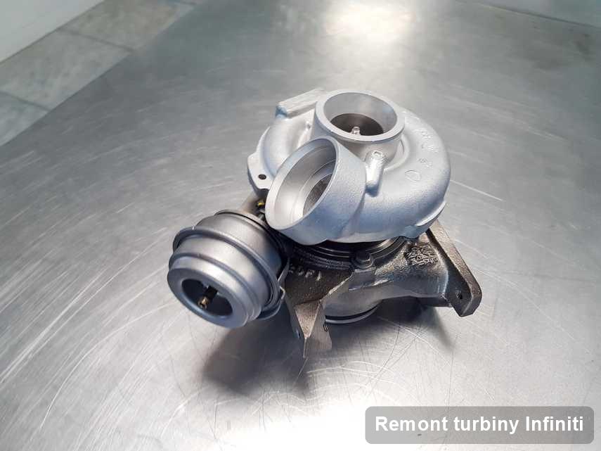 Turbosprężarka do auta osobowego producenta Infiniti po remoncie w laboratorium gdzie zleca się serwis Remont turbiny