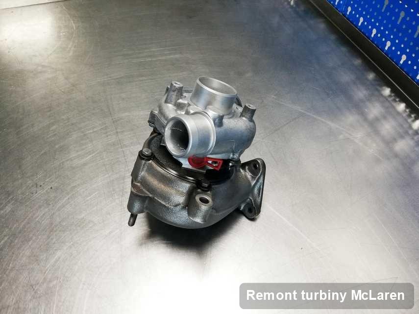 Turbosprężarka do samochodu firmy McLaren po remoncie w warsztacie gdzie przeprowadza się  usługę Remont turbiny