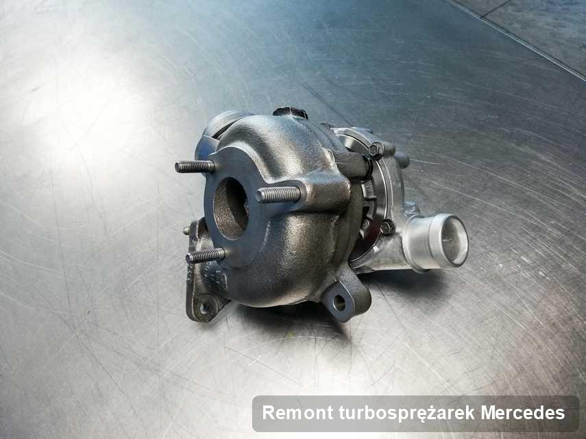 Turbosprężarka do diesla spod znaku Mercedes wyczyszczona w firmie gdzie wykonuje się serwis Remont turbosprężarek