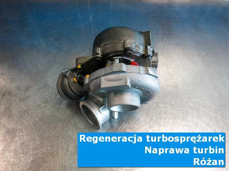 Układ turbodoładowania po naprawie na stole pracowniczym z Różana