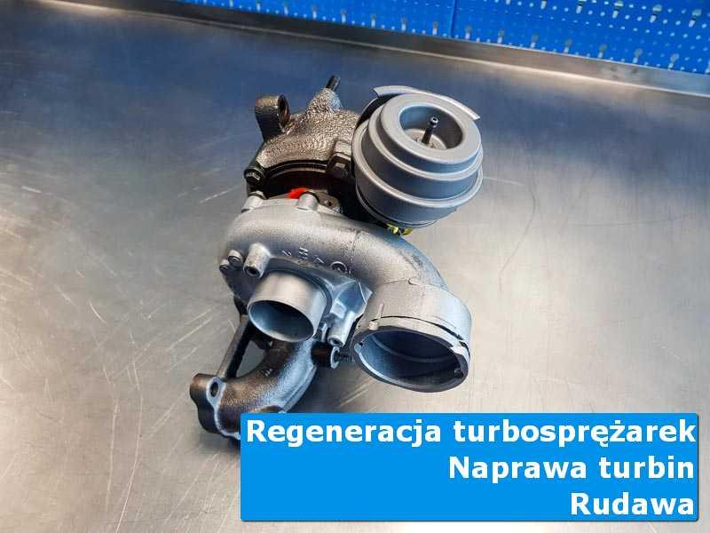 Układ turbodoładowania po czyszczeniu w nowoczesnej pracowni w Rudawie