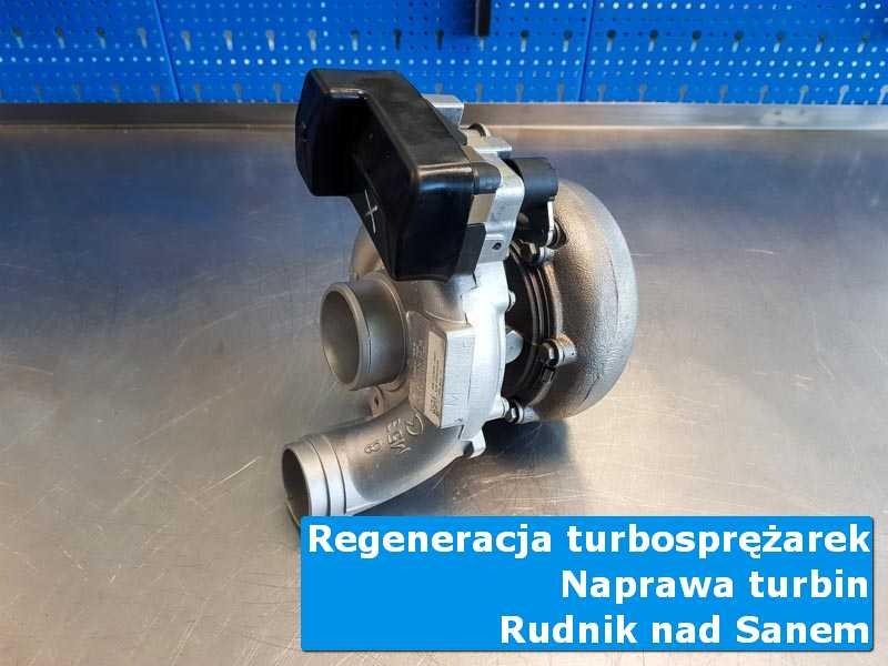 Układ turbodoładowania przed pakowaniem w pracowni z Rudnika nad Sanem