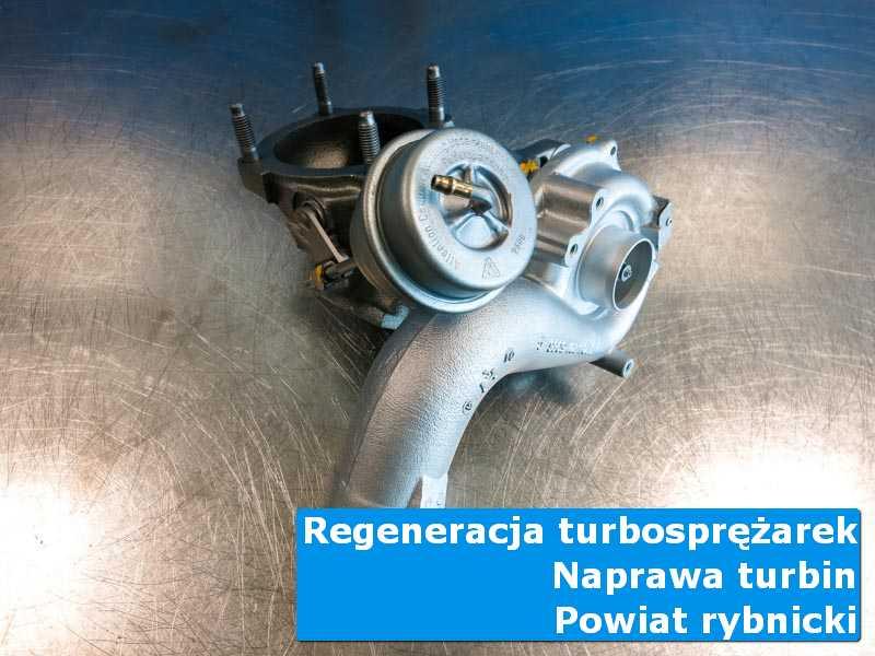 Turbosprężarka po czyszczeniu na stole w laboratorium, powiat rybnicki