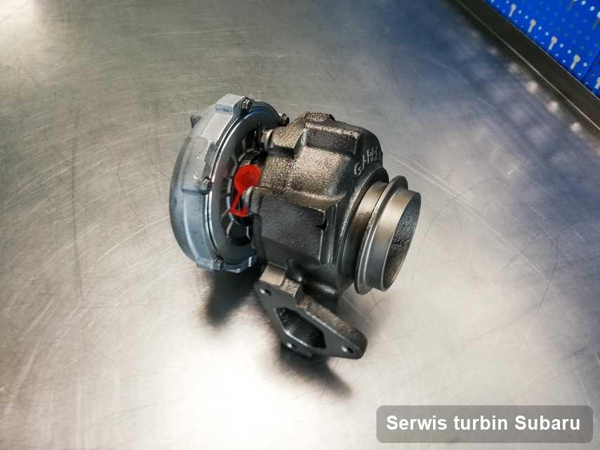Turbosprężarka do osobówki spod znaku Subaru wyczyszczona w firmie gdzie wykonuje się usługę Serwis turbin