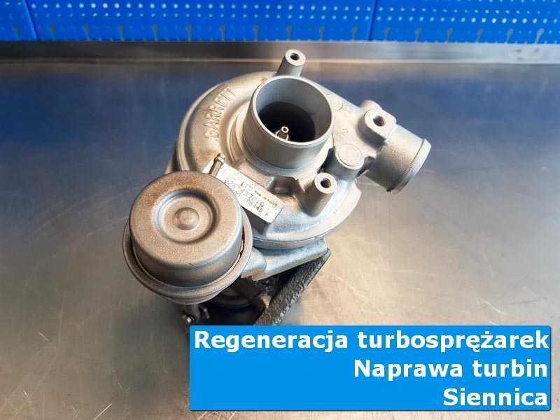 Układ turbodoładowania po demontażu w profesjonalnym serwisie z Siennicy
